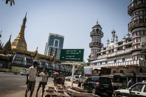 Yangon Mosque Pagoda 2